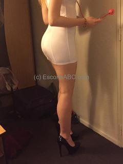 Camille, escort girl à Antibes