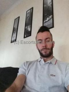 Escort boy à Antibes