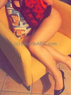 Julie | escort girl à Cannes | Escorts ABC