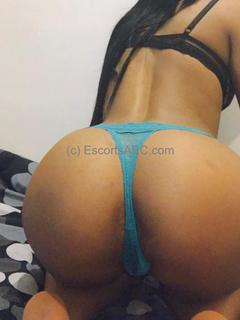 Lilia, escort girl à Paris