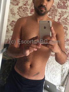 Brunno, escort homme à Paris