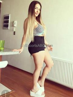 Escort girl Bordeaux - FERNANDA à Bordeaux