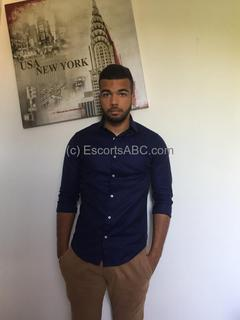 Escort boy à Paris